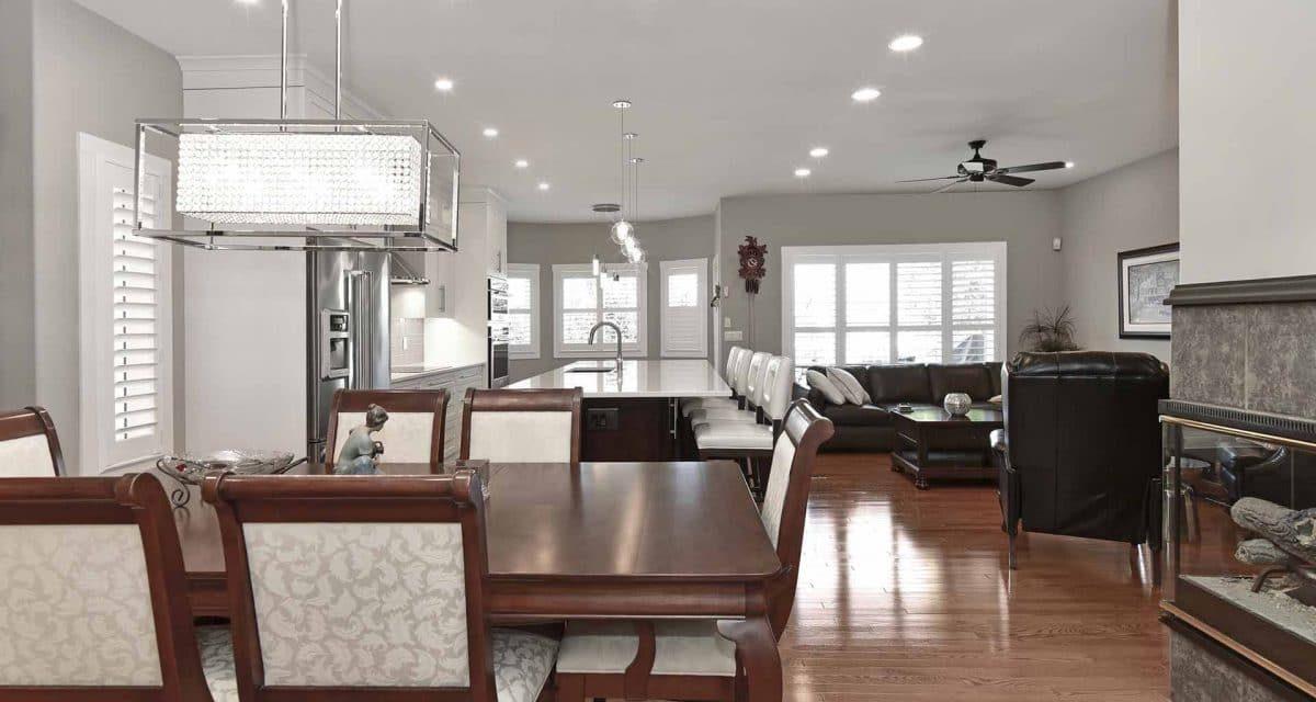 https://artisankitchens.ca/wp-content/uploads/2018/04/Artisan-Home-Renovations_1-18-1200x640.jpg