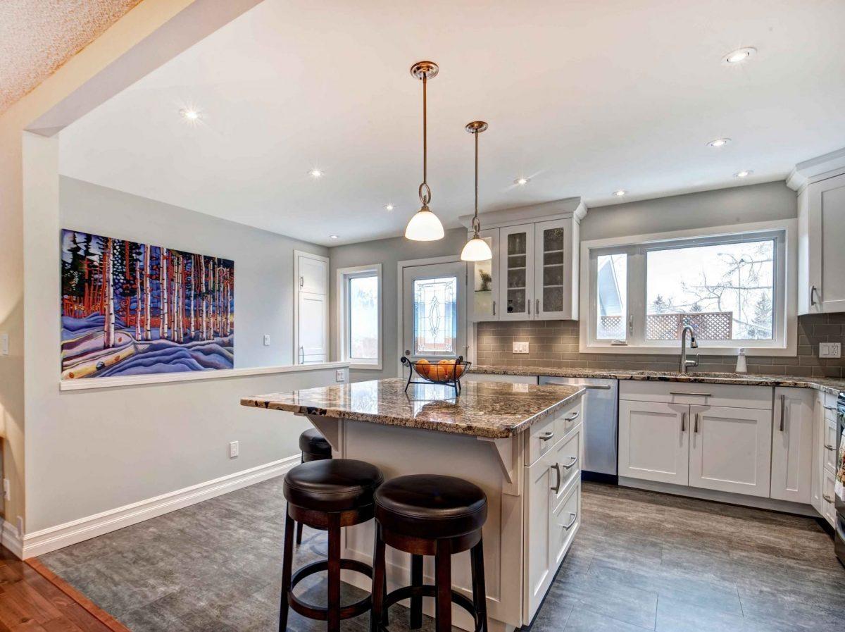 https://artisankitchens.ca/wp-content/uploads/2018/04/Artisan-Kitchen-Renovations_12.jpg