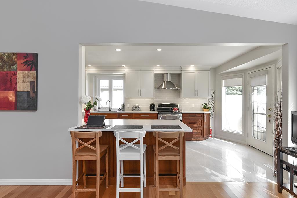 https://artisankitchens.ca/wp-content/uploads/2018/05/Artisan-Kitchens-and-Renvoations-7.jpg